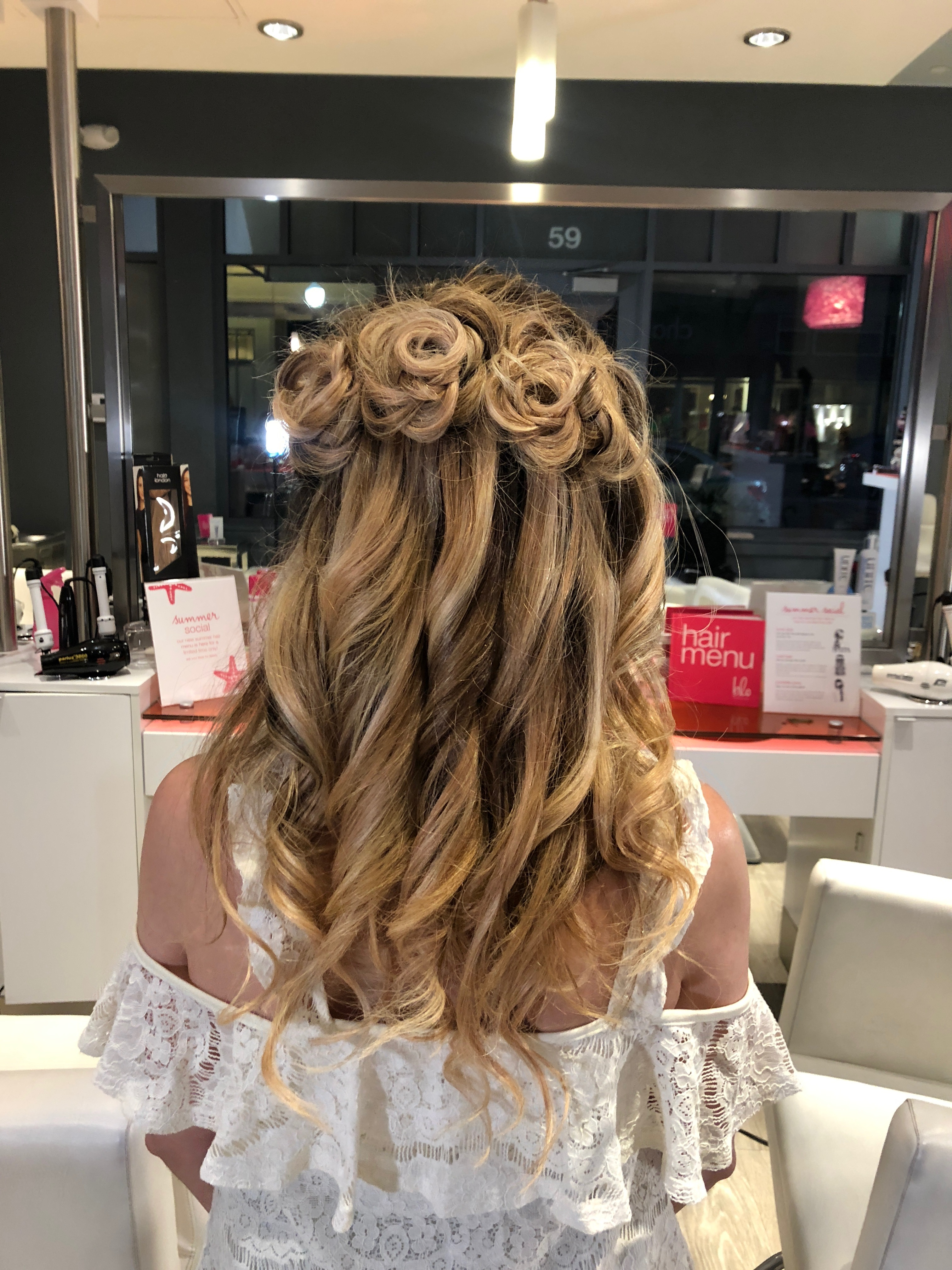 Summer Hairstyles: How to Create Rose Braids - Style Context